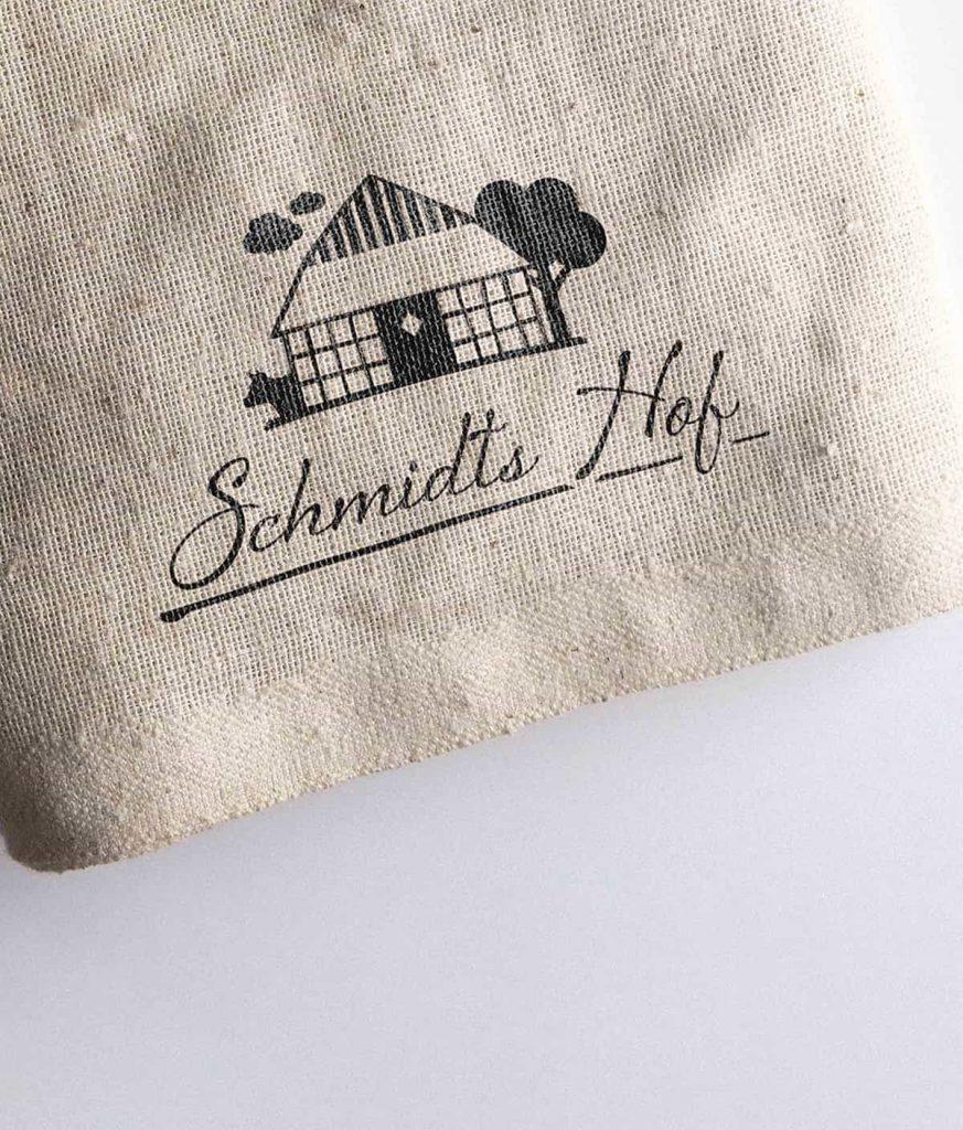 Logo-Entwicklung für Schmidts Hof
